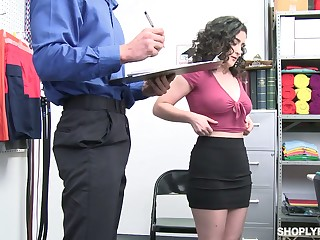 Curly brunette with juicy booty Lyra Lockhart gets punished be worthwhile for con job