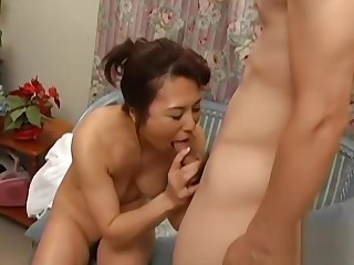 Japanese Mature Aunt and Boy Pipedream