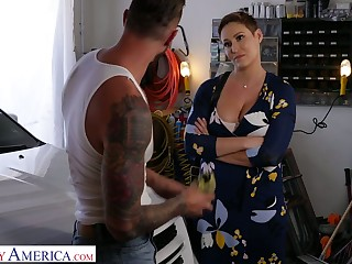 Killing hot milf with big breast Ryan Keely bangs inviting auto mechanic
