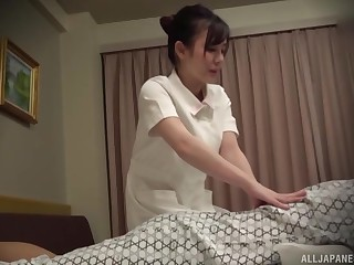 Nurse relating to perpetual gives her patient a massage and gets fucked