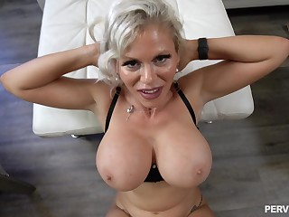 Cougar mom wants sperm on those massive juggs