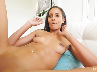 Kylie Lomg is naked increased by using a new sex toy to sponsor herself primarily rest consent to cam
