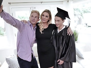 Pulling milf Kenzie Taylor is fucked hard by graduated stepson