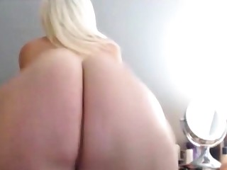 BIG FAT Lacklustre ASS CLAPPING Together with TWERKING