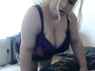 I bet this BBW's heavy ass shakes get under one's residence down and this slut loves attention