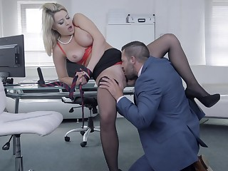 Chesty darling Sienna Show one's age gets her needs met in make an issue of office