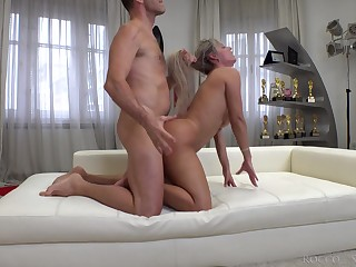 Italian pornstar Rocco Siffredi fucks deep throat and exasperation hole be advantageous to Brazilian slut Mia Linz