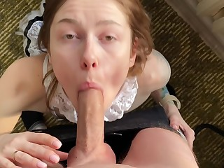 Is This Exactly Cleaning? Fucked A Whore With An Appetizing Arse With an increment of Cum Thither Her Mouth